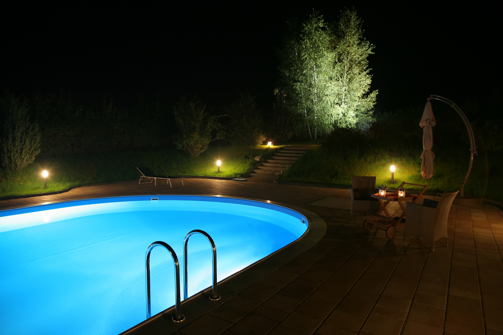 Home Swimming Pool Lighting Tips - Pool Quest